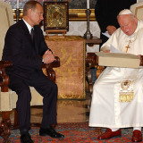 Vladimir_Putin_in_the_Vatican_City_5_November_2003-2.th.jpg