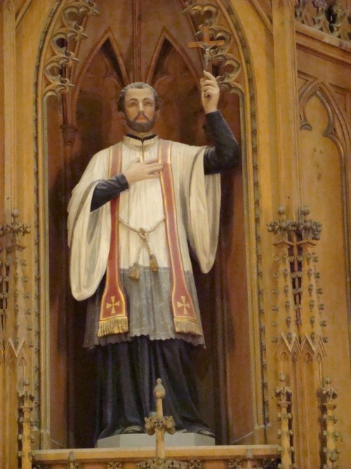 Statue_of_Staint_Francis_Xavier_resize.jpg