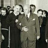 Sanguinetti_con_Padre_Pio.th.jpg
