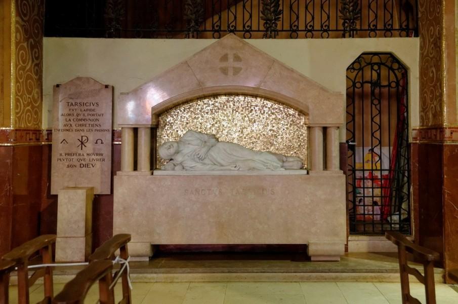 Dijon_Eglise_du_Sacre-Cour_15.jpg