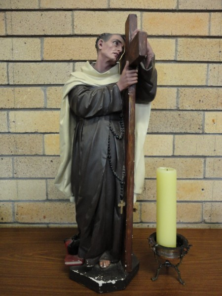 Statue_of_Saint_John_of_the_Cross.jpg