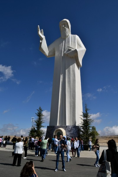 """FOSS-the-world [<a href=""""https://creativecommons.org/licenses/by-sa/4.0"""" target=""""_blank"""">CC BY-SA 4.0</a>], <a href=""""https://commons.wikimedia.org/wiki/File:Statue_of_St._Charbel.jpg"""" target=""""_blank"""">via Wikimedia Commons</a>"""