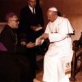 Oscar_Arnulfo_Romero_with_Pope_Paul_VI475708718db18f2a