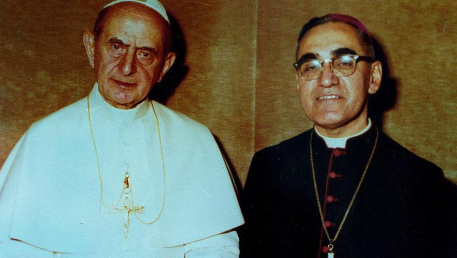 Pope_Paul_VI_and_Oscar_Romero.jpg